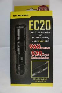 Nitecore EC20 packaging