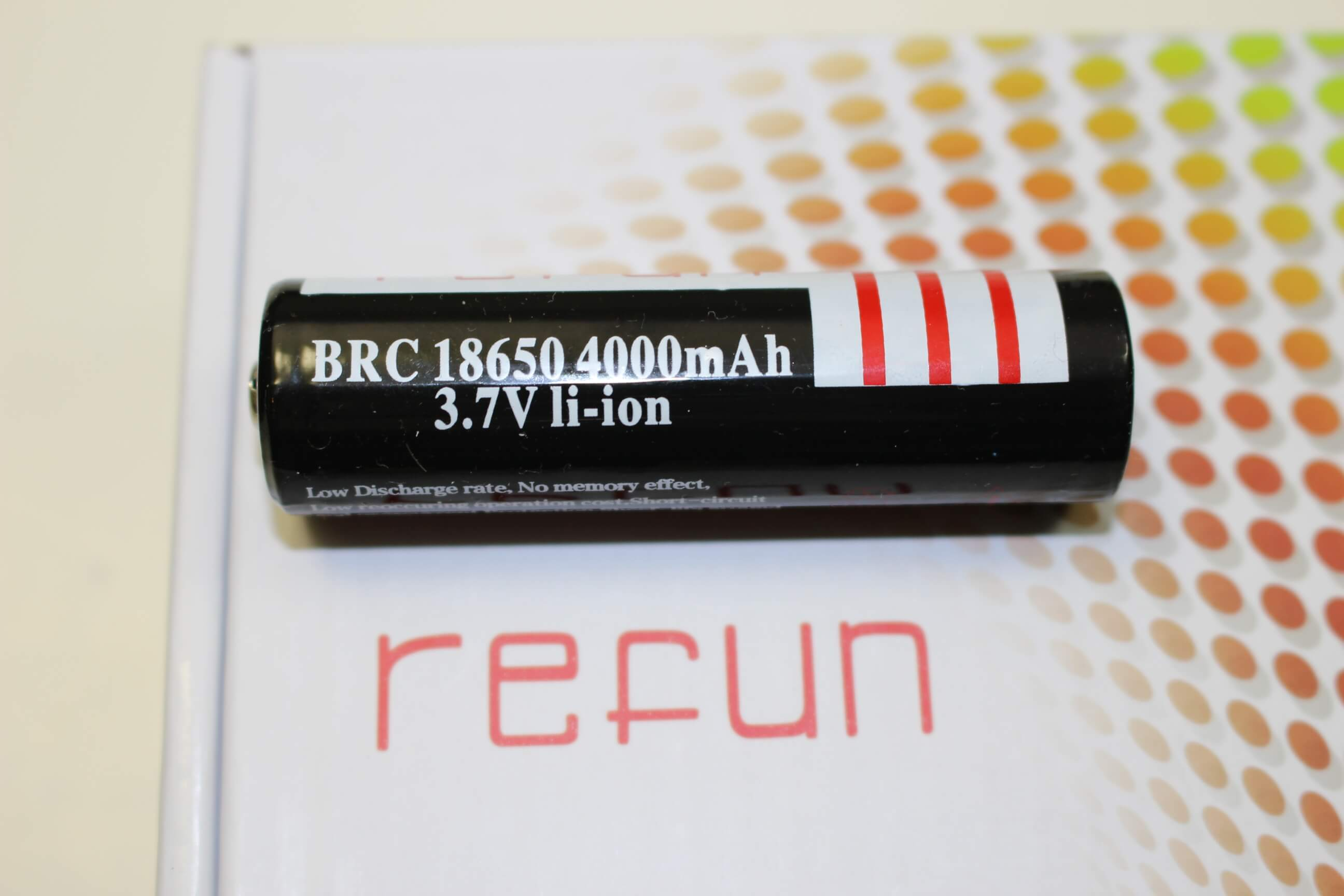 Refun A100 Focusing Led Flashlight Review
