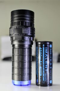Imalent DN35 flashlight and included battery