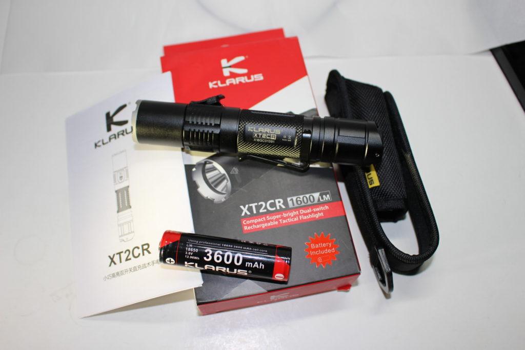 Klarus XT2CR package