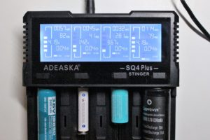 Adeaska SQ4 Plus battery charger display