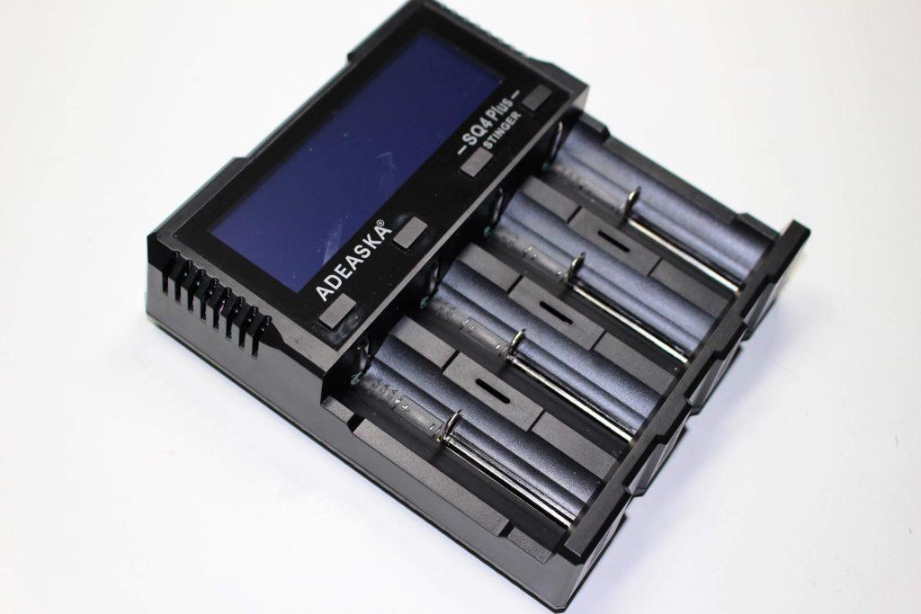 Adeaska SQ4 battery charger