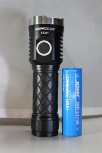 Astrolux EC01 with a 21700 battery